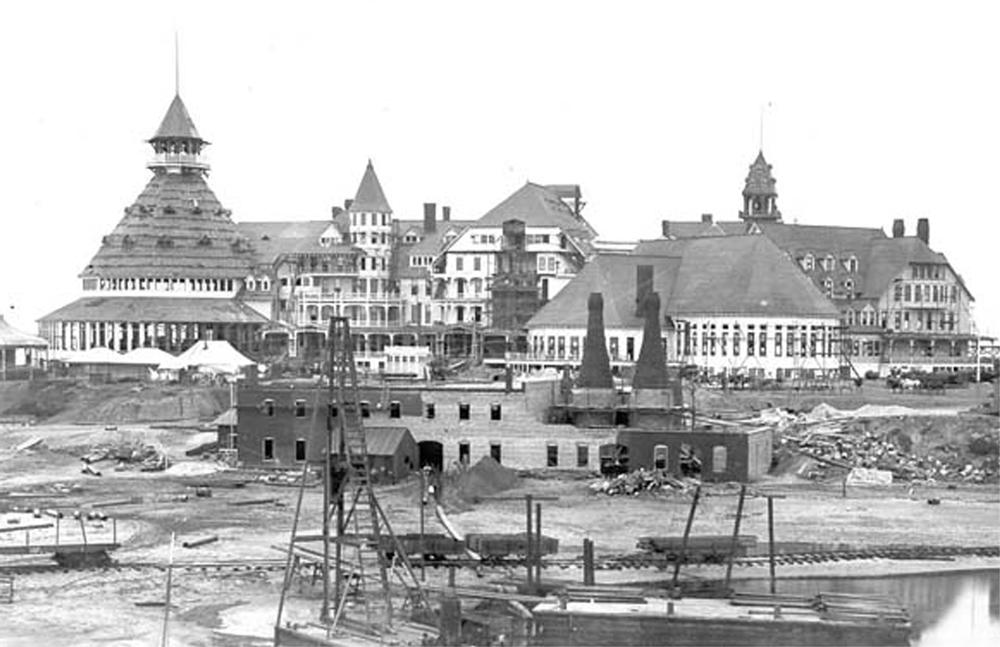 Hotel del Coronado under construction c. 1888